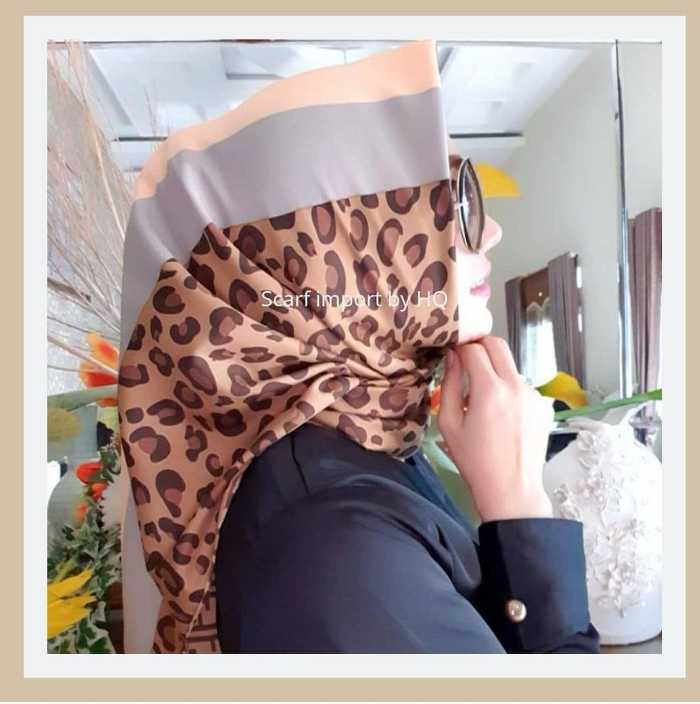 Kerudung Segi Empat Leopard